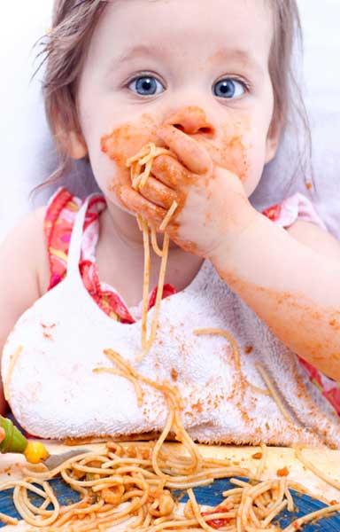 Ποιες είναι οι σωστές ποσότητες φαγητού για τα μικρά παιδιά;