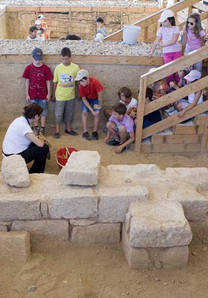 «Καλοκαίρι στην πόλη» 2011: H εναλλακτική καλοκαιρινή «κατασκήνωση» του «Ελληνικού Κόσμου»