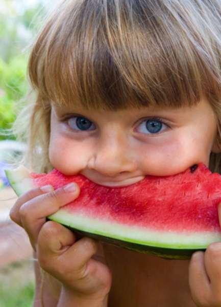 Φρούτα: η πιο δροσερή και υγιεινή απόλαυση