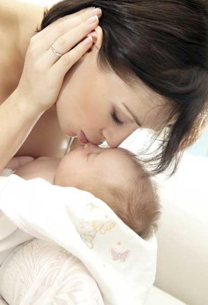 Το συναισθηματικό δέσιμο μωρού και γονιού
