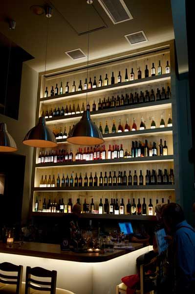 Τιμητική διάκριση για το Wine Point στην Αθήνα