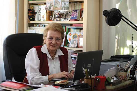 Η Λότη Πέτροβιτς Ανδρουτσοπούλου μιλάει για τα παιδικά βιβλία