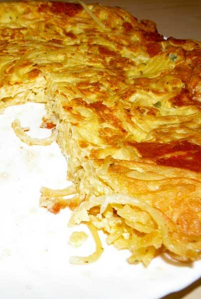 omeleta_makaronia