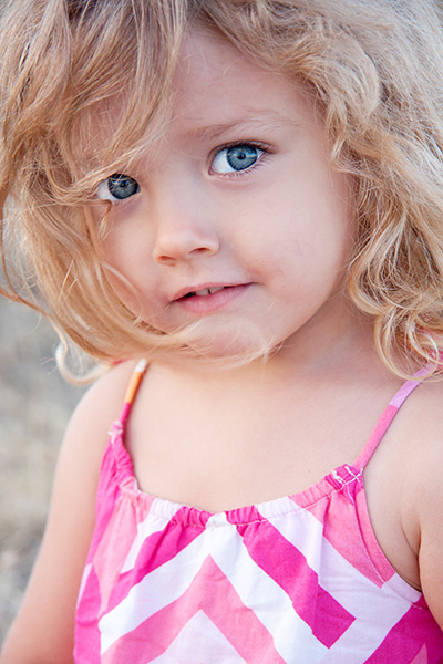 Summer-Portrait-Of-A-Little-Girl