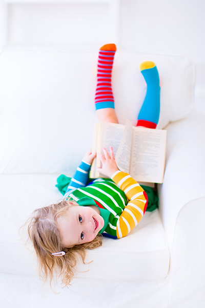 Little-Girl-Reading
